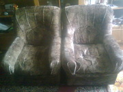 диван и два кресла б/у
