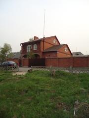 Кирпичный коттедж в Ангарске,  микрорайон Байкальск. 3 уровня.