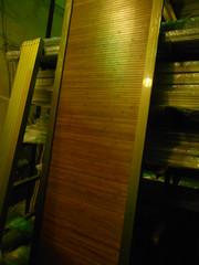 Двери-купе с наполнением из бамбука